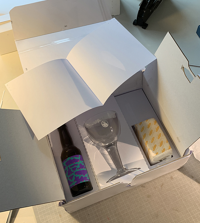 Mockup Box Tribute